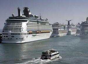 cruceros-en-el-puerto-de-barcelona